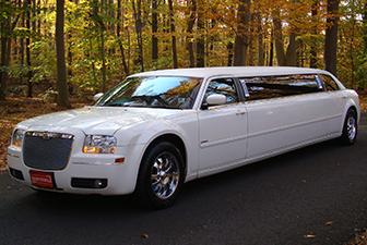 White Chrysler 300 Stretch Limousine Exterior 6-8 Photo 2